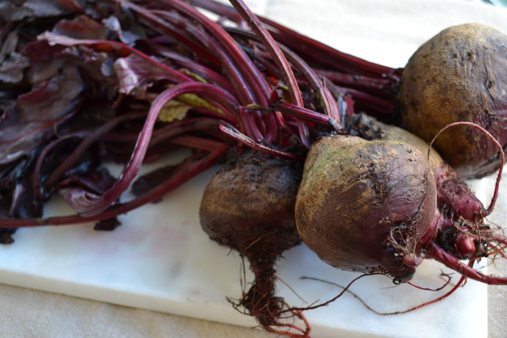 beets-whole-myvegtable