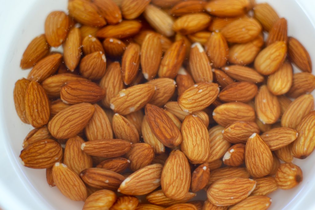 soaking-almonds-myvegtable